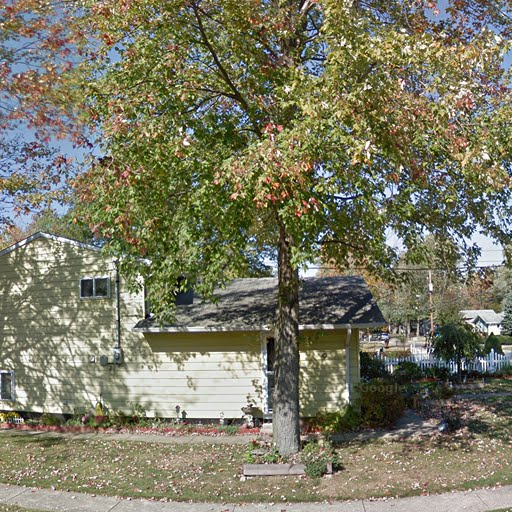 Colonial Manor Apartments: North Ridgeville, OH Apartments For Rent
