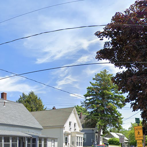 3BR/1 5BA in 10 Oak Place - Biddeford, ME Apartments for Rent